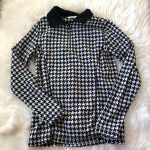 Women's quarter zip sweatshirt